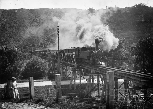 Train carrying spectators from Wellington to the Trentham races, crossing the Silverstream railway bridge.